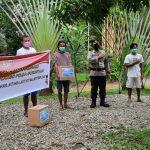 Bentuk Kepedulian Kepada Masyarakat, Kapolres Bone Bolango Serahkan Bantuan Sosial