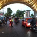 Antisipasi Kemacetan Jelang Buka Puasa, Satuan Lalu Lintas Turun Langsung Ke Lakukan Pengaturan Jalan