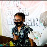 Warga Papua Ikut Partisipasi Vaksinasi Massal Polda Gorontalo