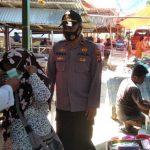 Tim Gugus Tugas Bersama Polsek Tolangohula Pantau Penerapan Prokes Di Pasar Desa Prima Asparaga