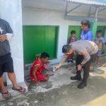 Laka Lantas di Jalan Trans Sulawesi, Dir Lantas Polda Gorontalo Turun Langsung Berikan Pertolongan Pertama